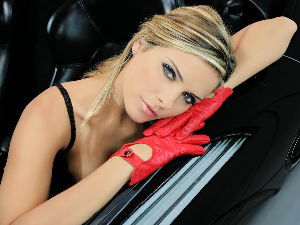 clara morgane 2000 wallpaper - photo #14